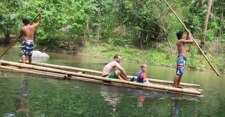 Mainland Tour River Trek
